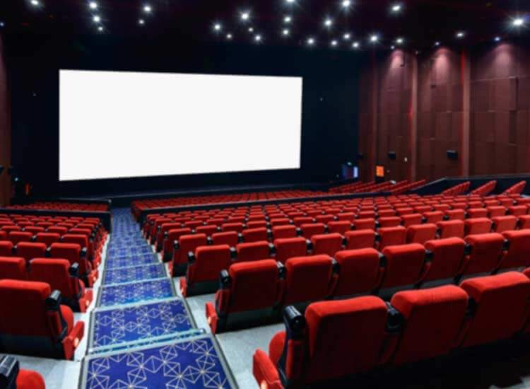 4 Ways to Get Your Movie Fix Without Going to a Theatre